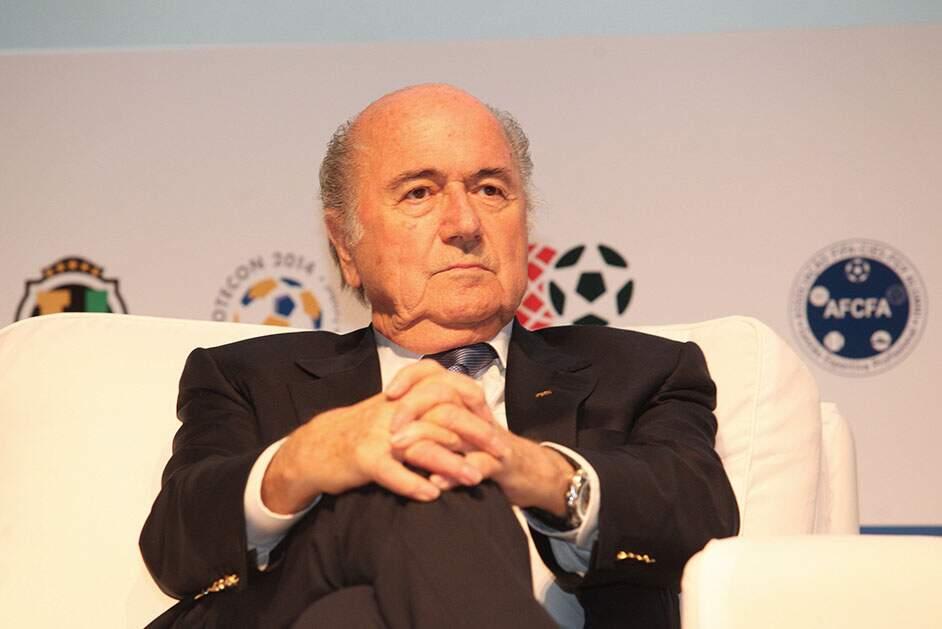 Filha conta luta de Blatter contra Covid-19 e período de coma induzido