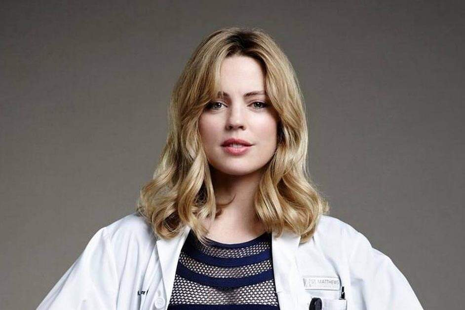 atriz de grey s anatomy hospitalizada ap s ser agredida pelo marido o liberal. Black Bedroom Furniture Sets. Home Design Ideas