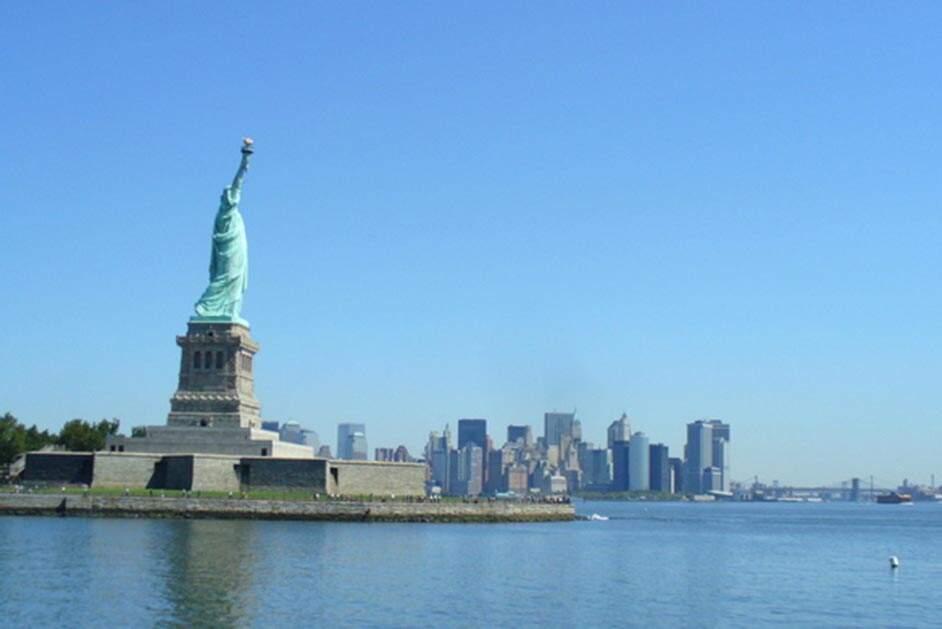 Bolsas de NY fecham em queda de 1,44% com discordâncias sobre pacote fisca