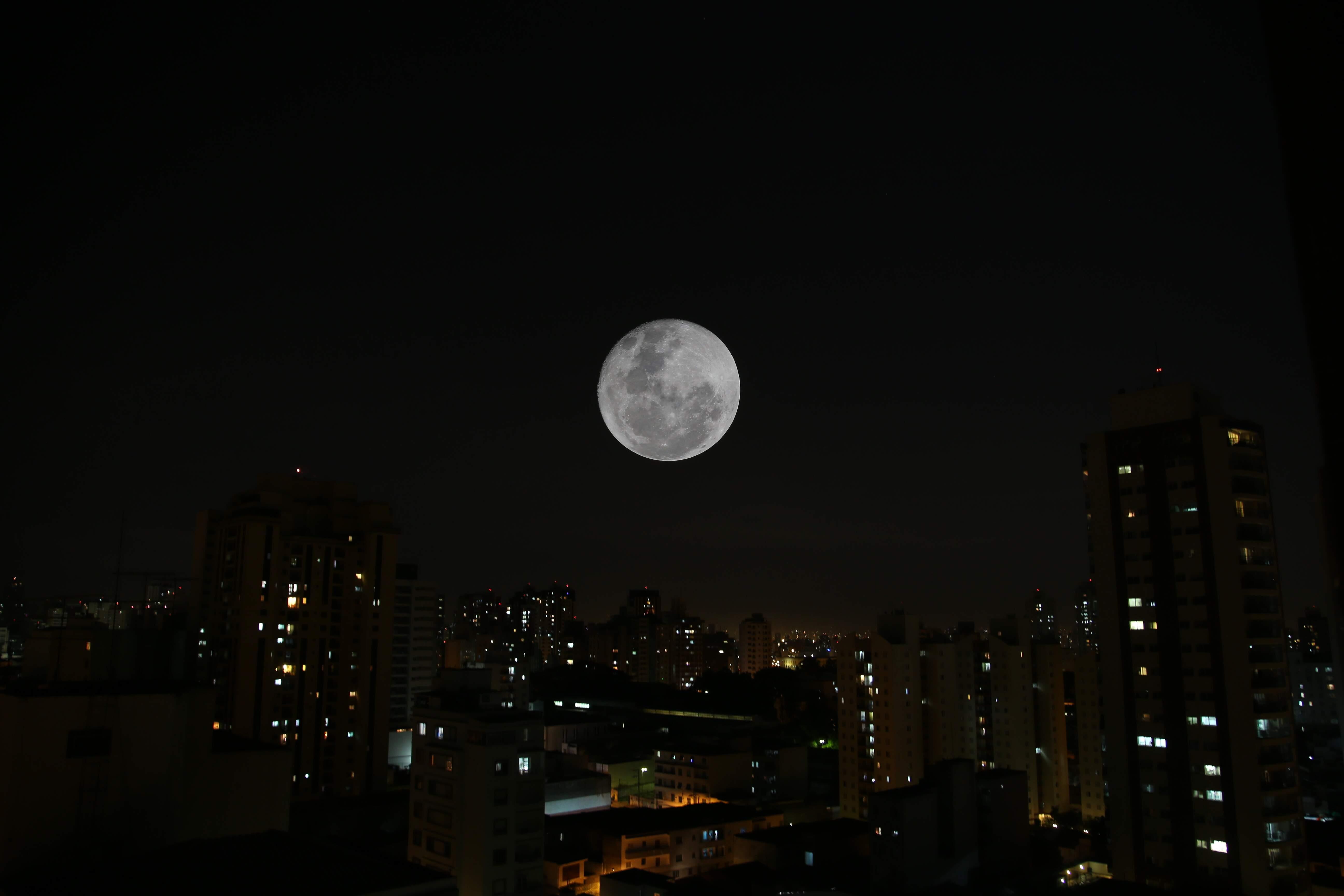 42ca99916 Maior superlua do ano acontece na noite dessa terça-feira – O Liberal
