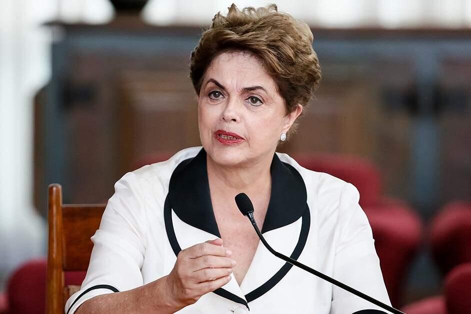 Dilma pediu 'paciência' sobre pagamento, diz Mônica