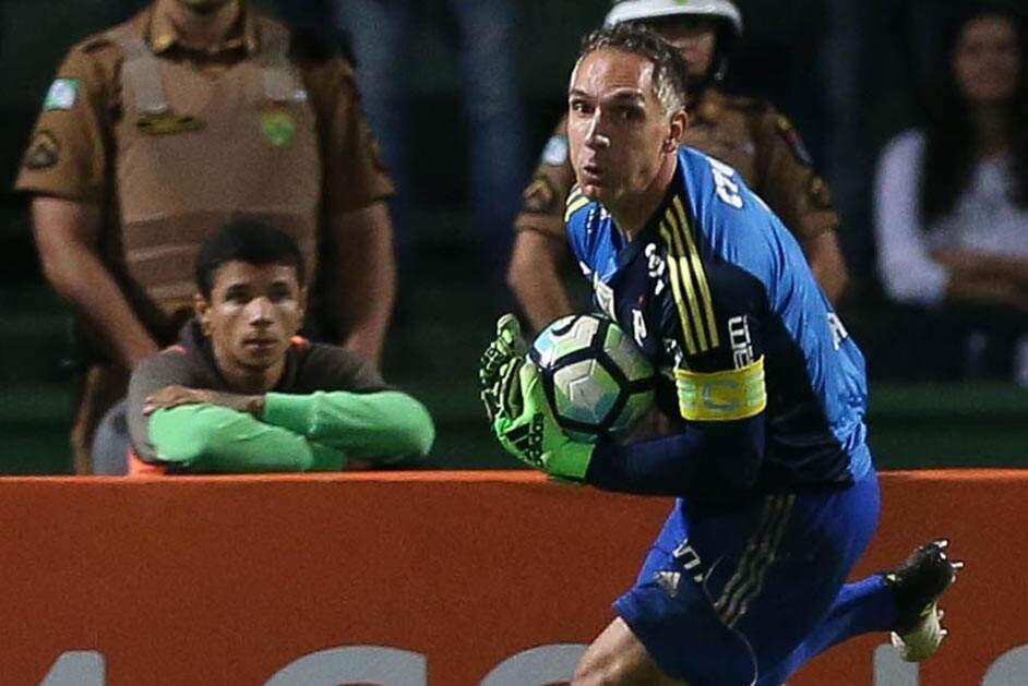 Cuca assume responsabilidade por má fase do Palmeiras