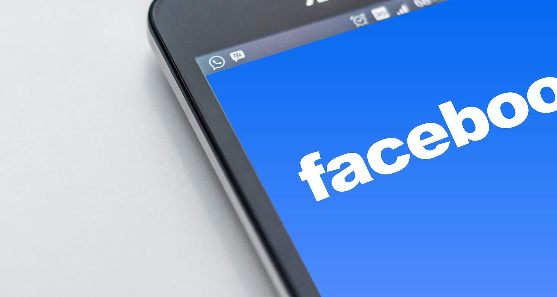 Com 2 bilhões de usuários, Facebook vê lucro crescer 71% no trimestre