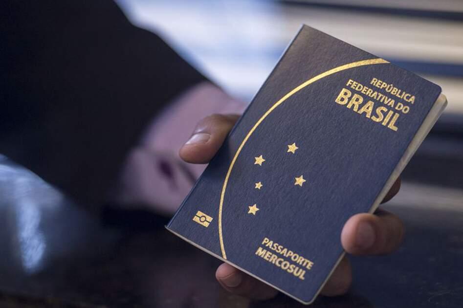Coronavírus: Suíça restringe visitantes do Brasil e de outros 28 países