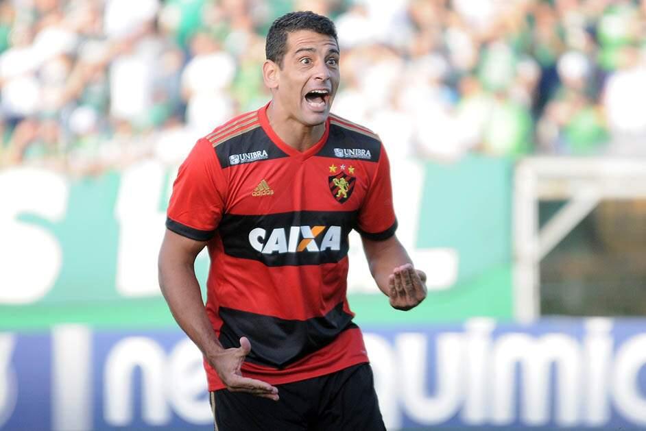 Diego Souza aceita proposta do São Paulo, diz Ricardo Rocha
