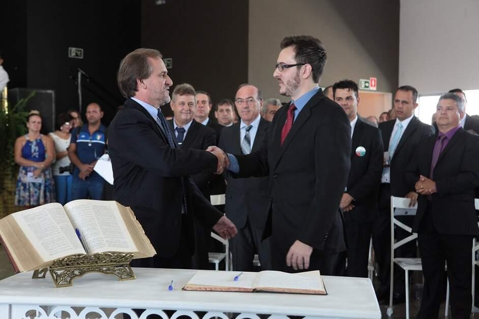 Prefeito de Sumaré, Luiz Dalben, e seu pai, Dirceu, testam positivo para Covid-19