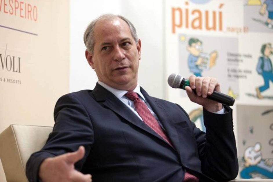PDT oficializa Ciro como pré-candidato à Presidência