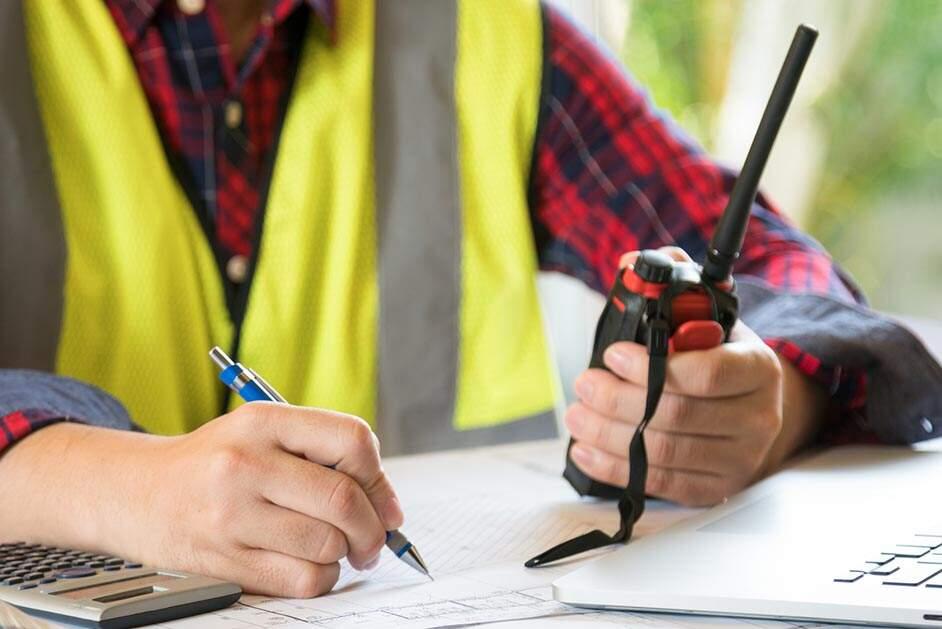 Construtora está com 31 vagas abertas em Santa Bárbara