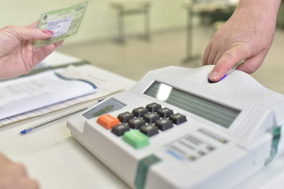Para evitar contágio, TSE veta uso da biometria nas eleições municipais