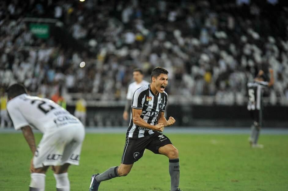 e26f7dec2b42e ... Corinthians e Botafogo agora têm a semana livre para se preparar para  os clássicos estaduais da 33.ª rodada