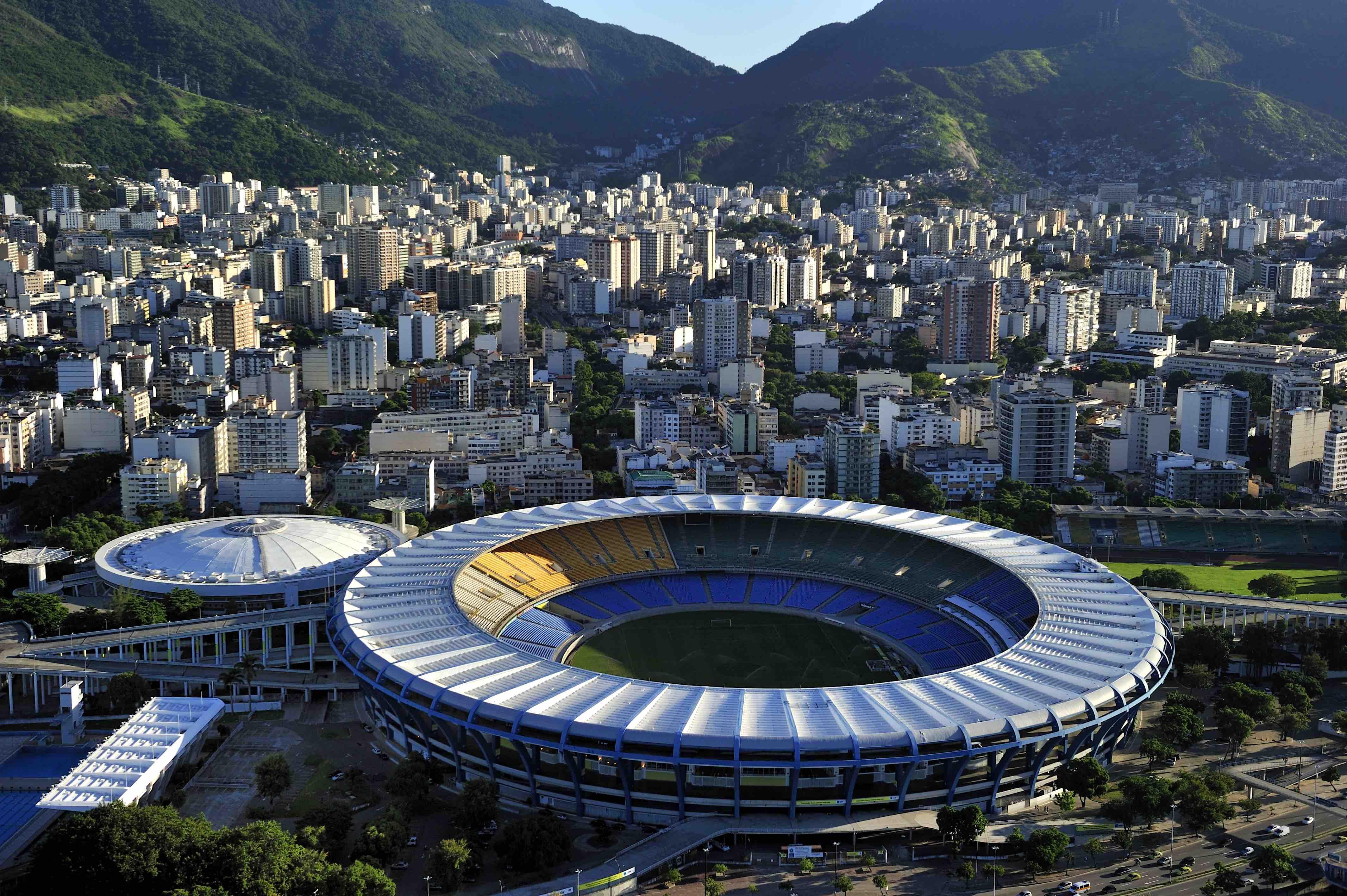 Governo do Rio autoriza volta do futebol sem torcida