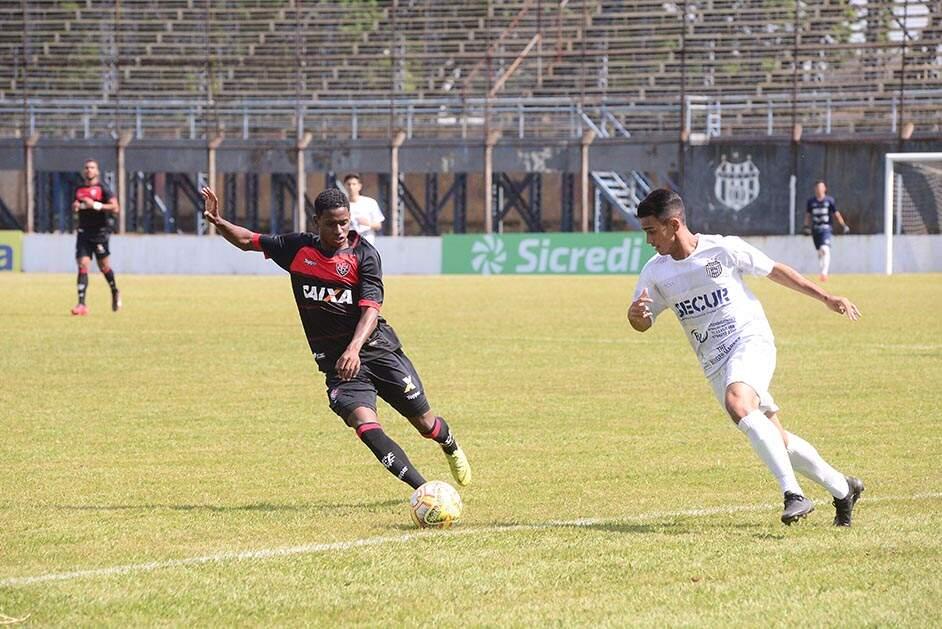3d386ea20f ... União Barbarense levou 1 a 0 do Vitória e fechou participação com três  derrotas em três jogos