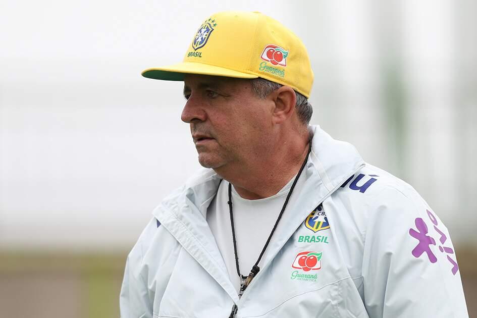 Ex-técnico de Corinthians, São Paulo e seleção, Vadão morre vítima de câncer