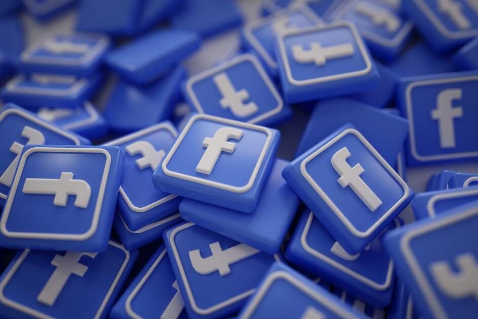 Facebook e WhatsApp suspendem revisão de dados de usuários de Hong Kong