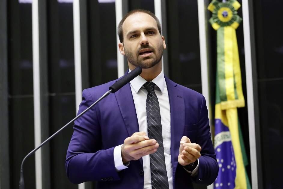 Após falar em 'ruptura', Eduardo Bolsonaro é denunciado ao Conselho de Ética