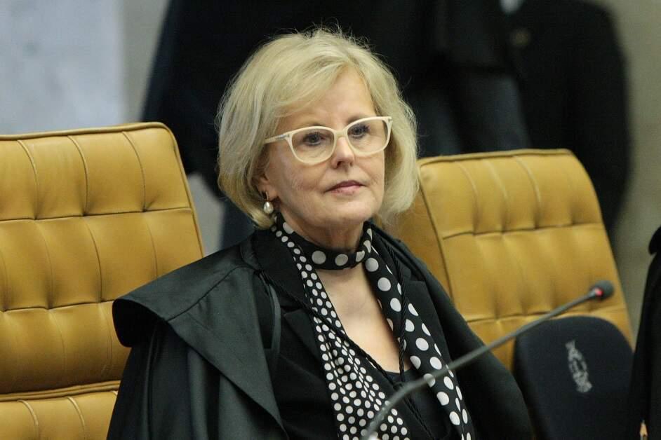 Rosa Weber dá 48h para Salles explicar derrubada de regras de proteção ambiental