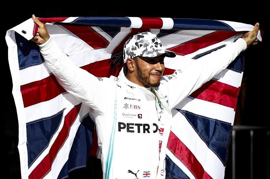 Hamilton esclarece que criticou toda a Fórmula 1 por silêncio sobre o racismo