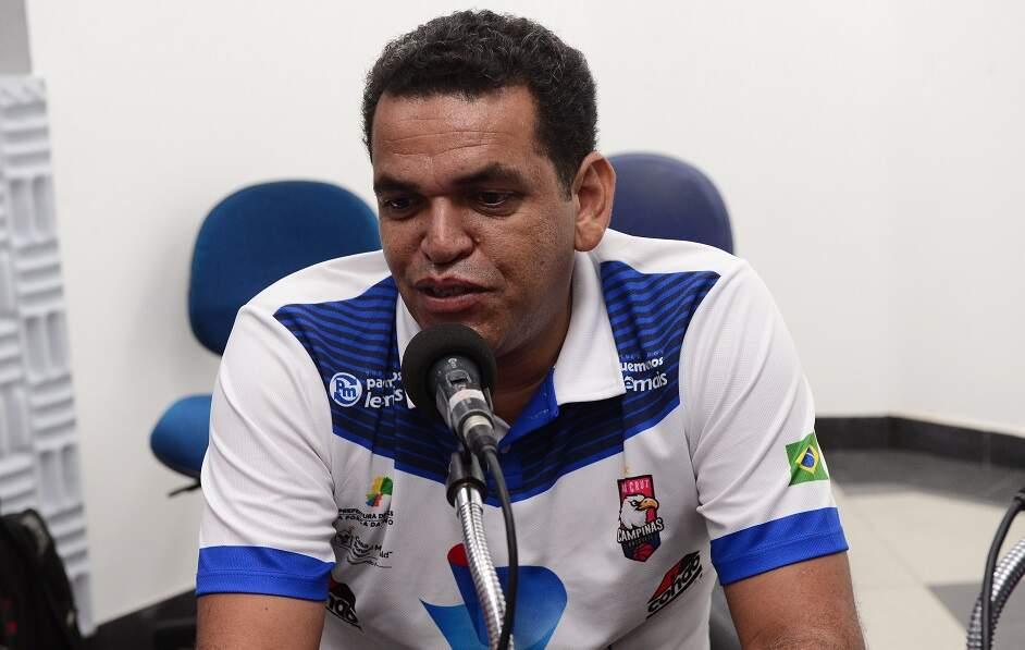 Americanense Élcio Ortiz deixa o comando do time do Vera Cruz Campinas