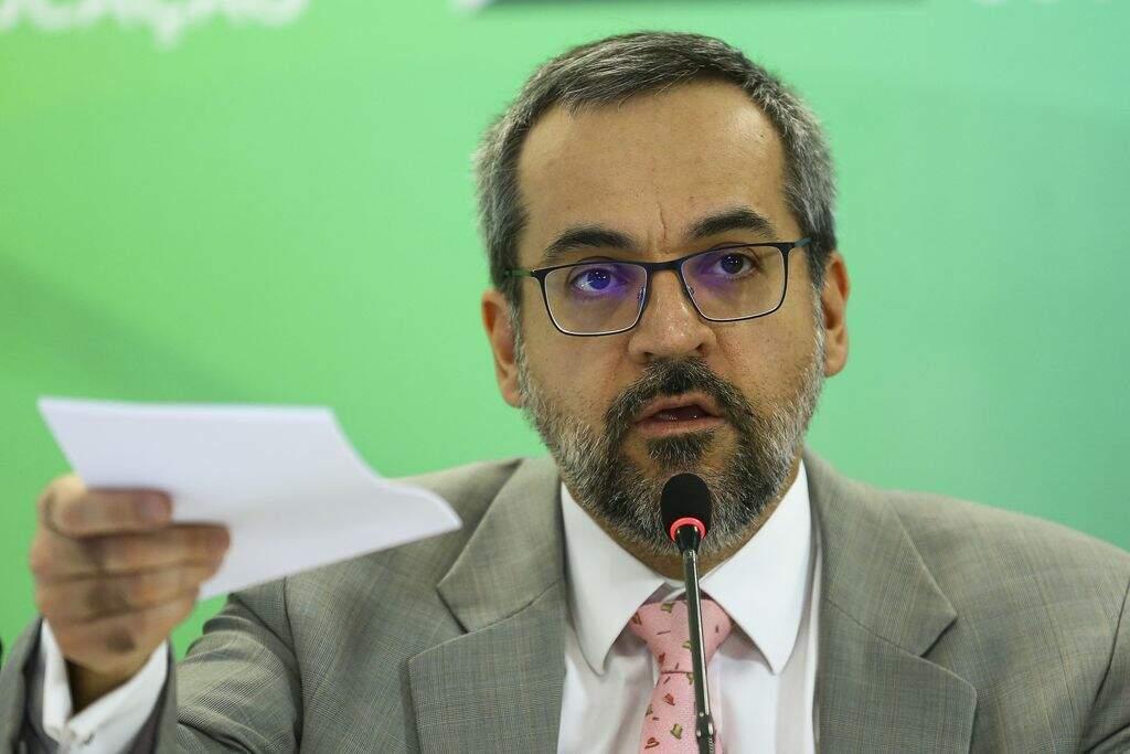Senado convoca ministro da Educação por fala em reunião ministerial
