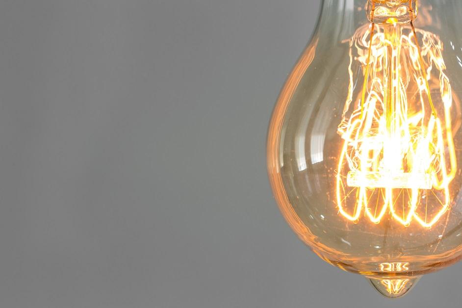 Reduza a conta de luz durante a pandemia