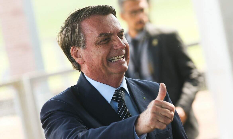 Milhares participam de carreata pró-Bolsonaro na Esplanada dos Ministérios