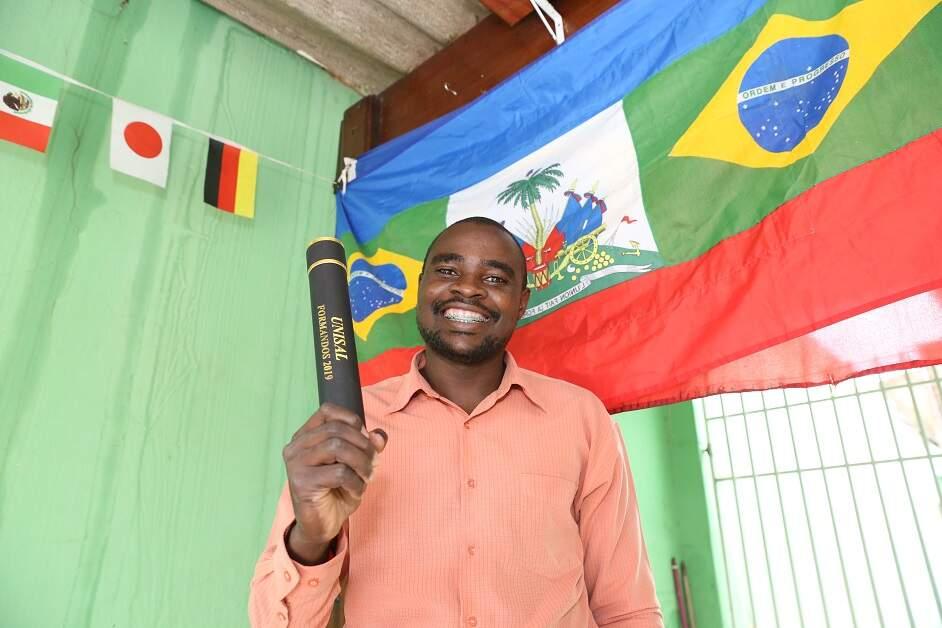 IML apura se corpo encontrado carbonizado em Americana é de haitiano