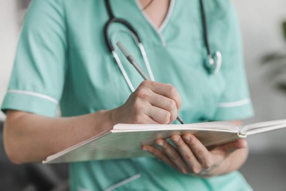Pesquisa mostra que 80% dos enfermeiros têm medo do trabalho
