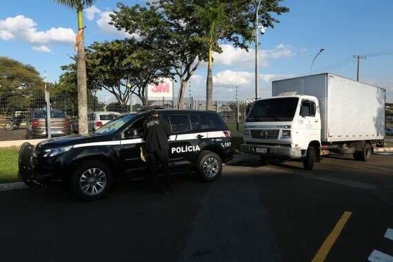 [Image: m%C3%A1scaras-confiscadas-Leandro-Ferrei...70x380.jpg]