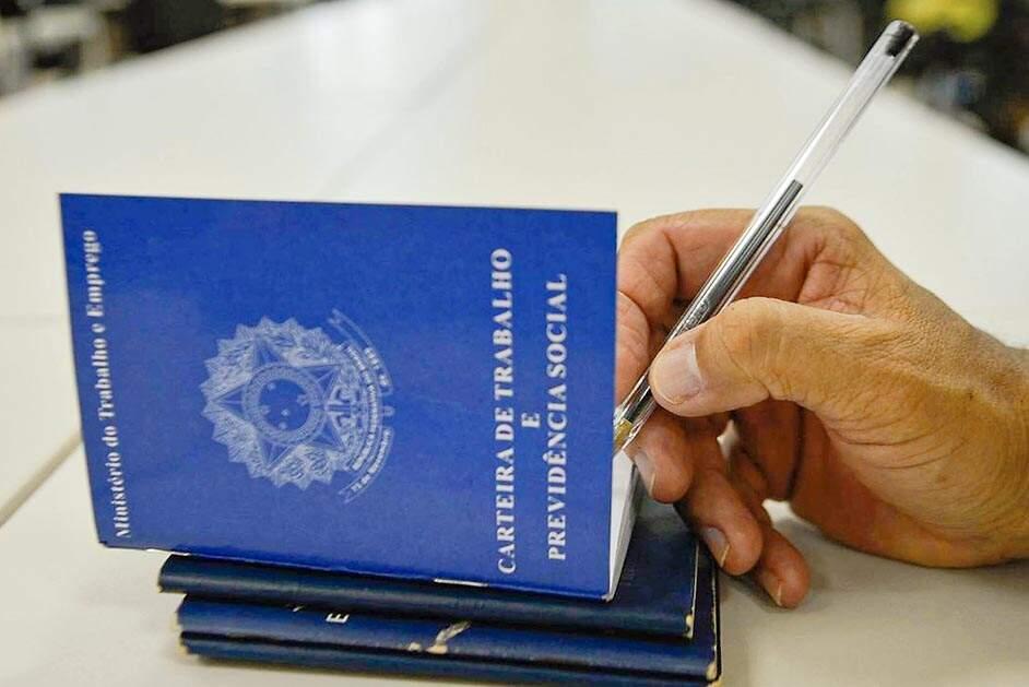 Desenvolve Santa Bárbara oferece 176 vagas de empregos