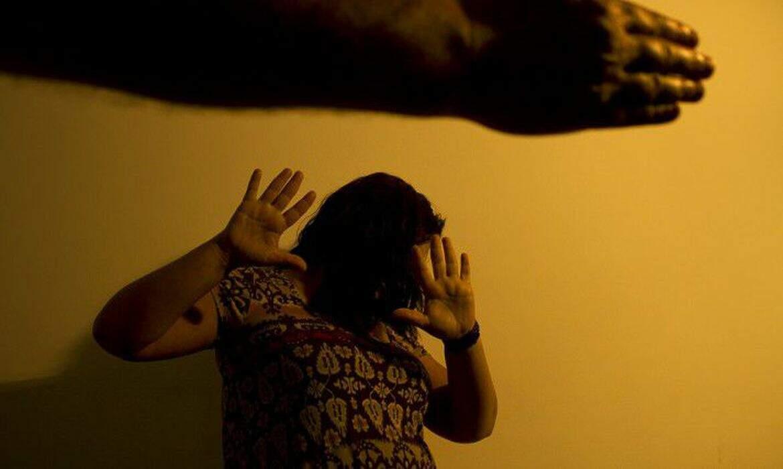 Ligue 180 registra aumento de 36% em casos de violência contra as mulheres