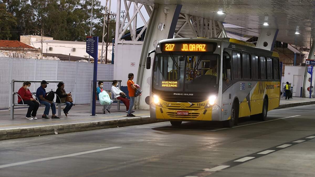 Justiça suspende licitação do transporte em Americana