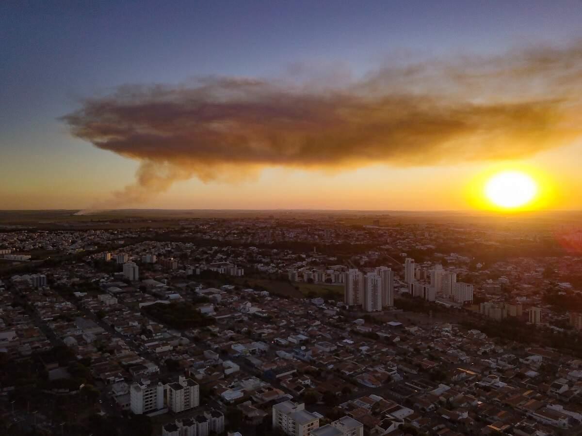 Prefeitura de SB pede que Raízen fiscalize queimadas em áreas de plantio de cana