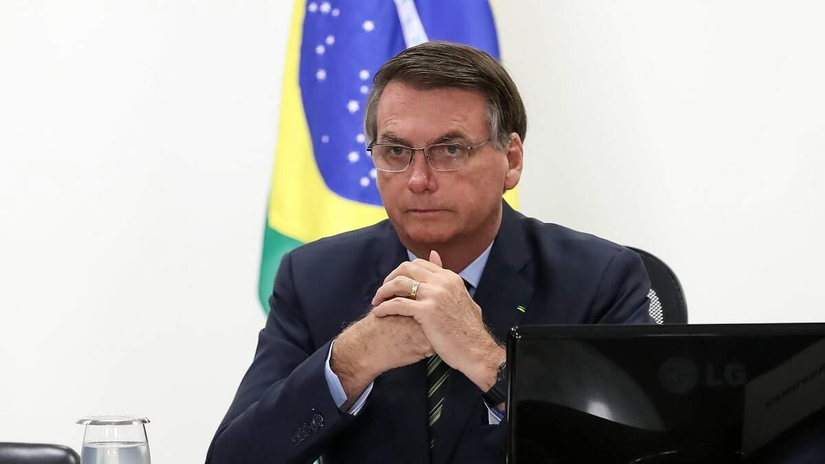 Bolsonaro dá entrada em hospital em SP para retirada de cálculo da bexiga