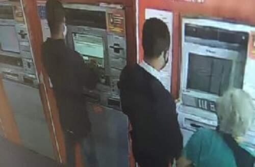 Criminosos se passam por  funcionários de banco e sacam R$ 5 mil de conta de idosa