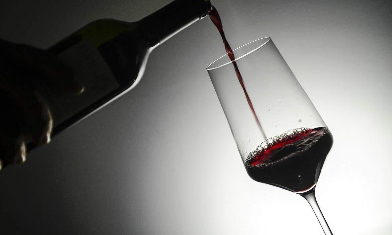 Puxada por supermercado e web, venda de vinhos surpreende na pandemia