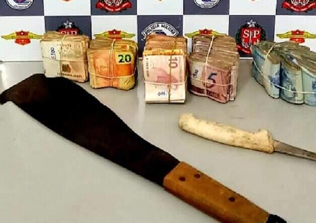 Trio é detido em Santa Bárbara com R$ 16 mil em espécie