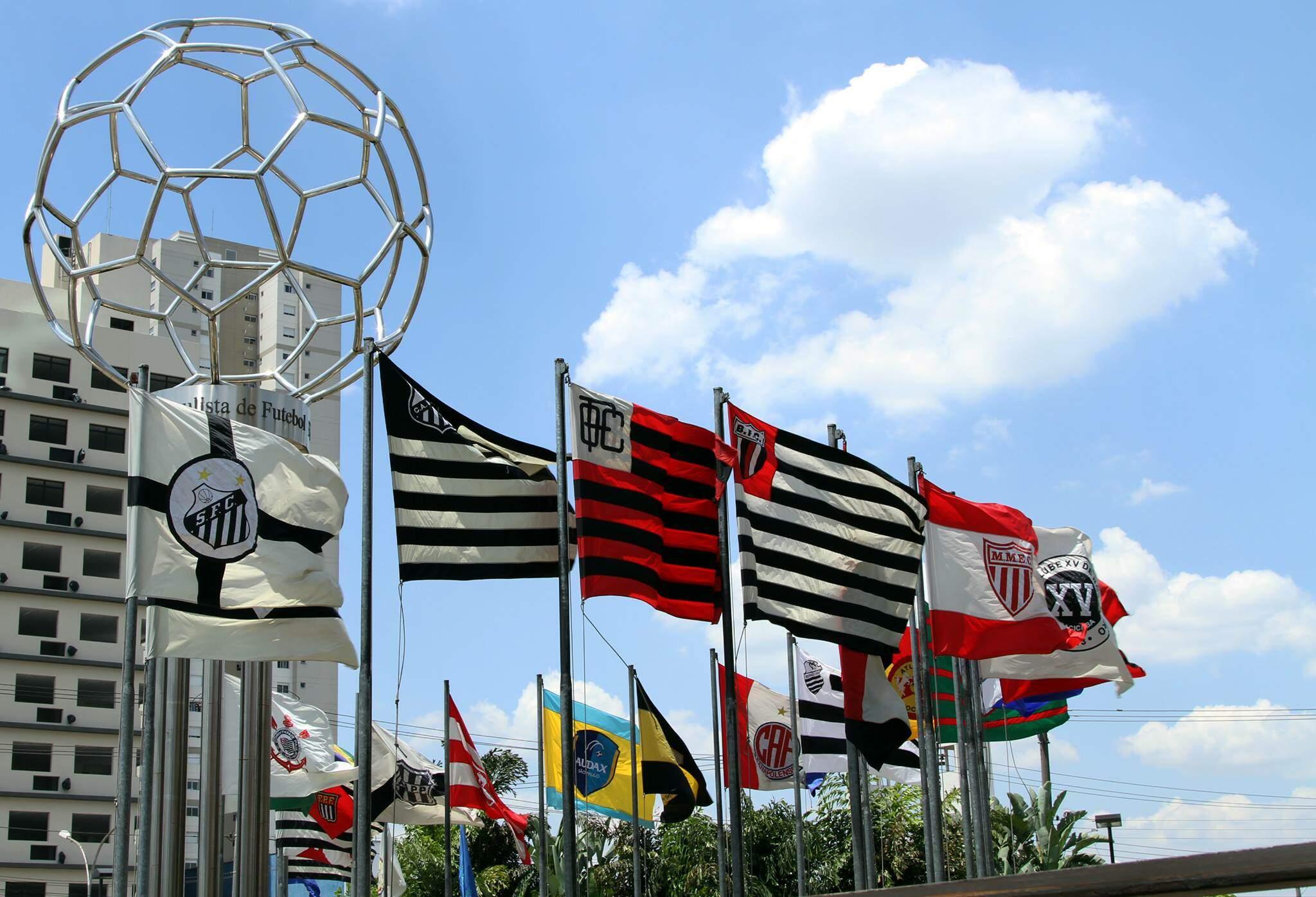 FPF libera clubes para inscreverem novos jogadores antes da retomada do Paulistão