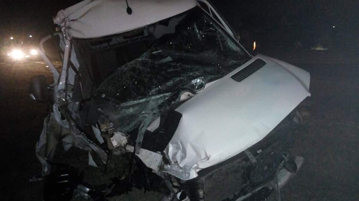 Colisão na Rodovia Anhanguera deixa pessoa ferida