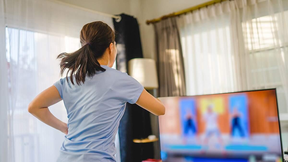 Coreógrafa dá dicas para praticar a dança em casa