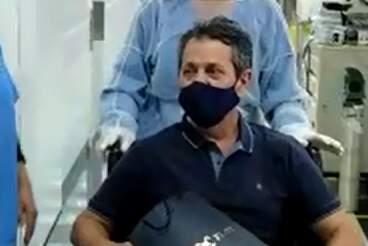 Diagnosticado com Covid-19, vereador Kadu Garçom, de Santa Bárbara, tem alta