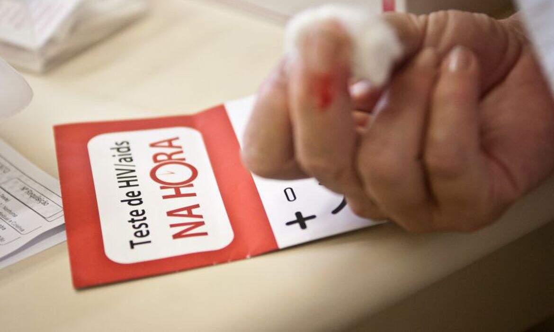 Fiocruz: estudo aponta medicamento de ação prolongada contra HIV