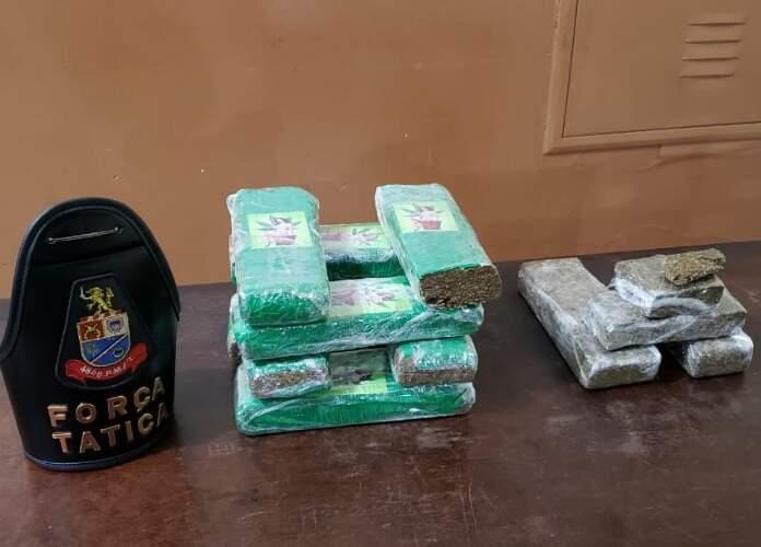 Polícia encontra 11 tijolos de maconha em oficina mecânica de Sumaré