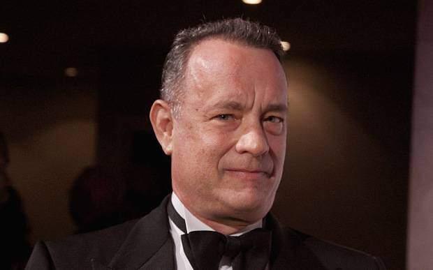 Tom Hanks critica pessoas que se recusam a usar máscara: 'vergonha'