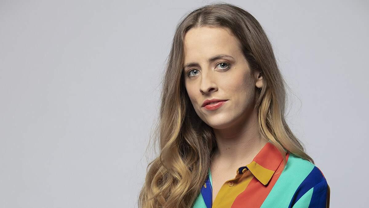 Karina se prepara com a estreia da nova temporada do 'Zorra'
