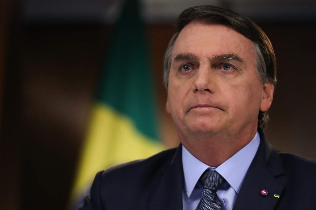 Nas redes sociais, cresce pressão por impeachment de Bolsonaro