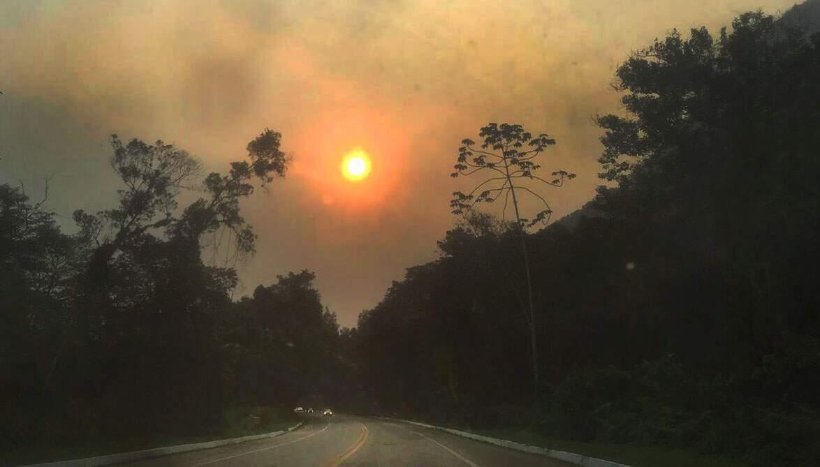 Fumaça do Pantanal e da Amazônia parte de São Paulo em direção ao Rio e Minas