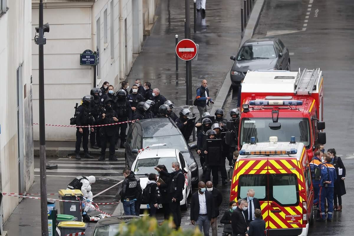 Paris: ataque a faca deixa feridos nos arredores da antiga sede do Charlie Hebdo