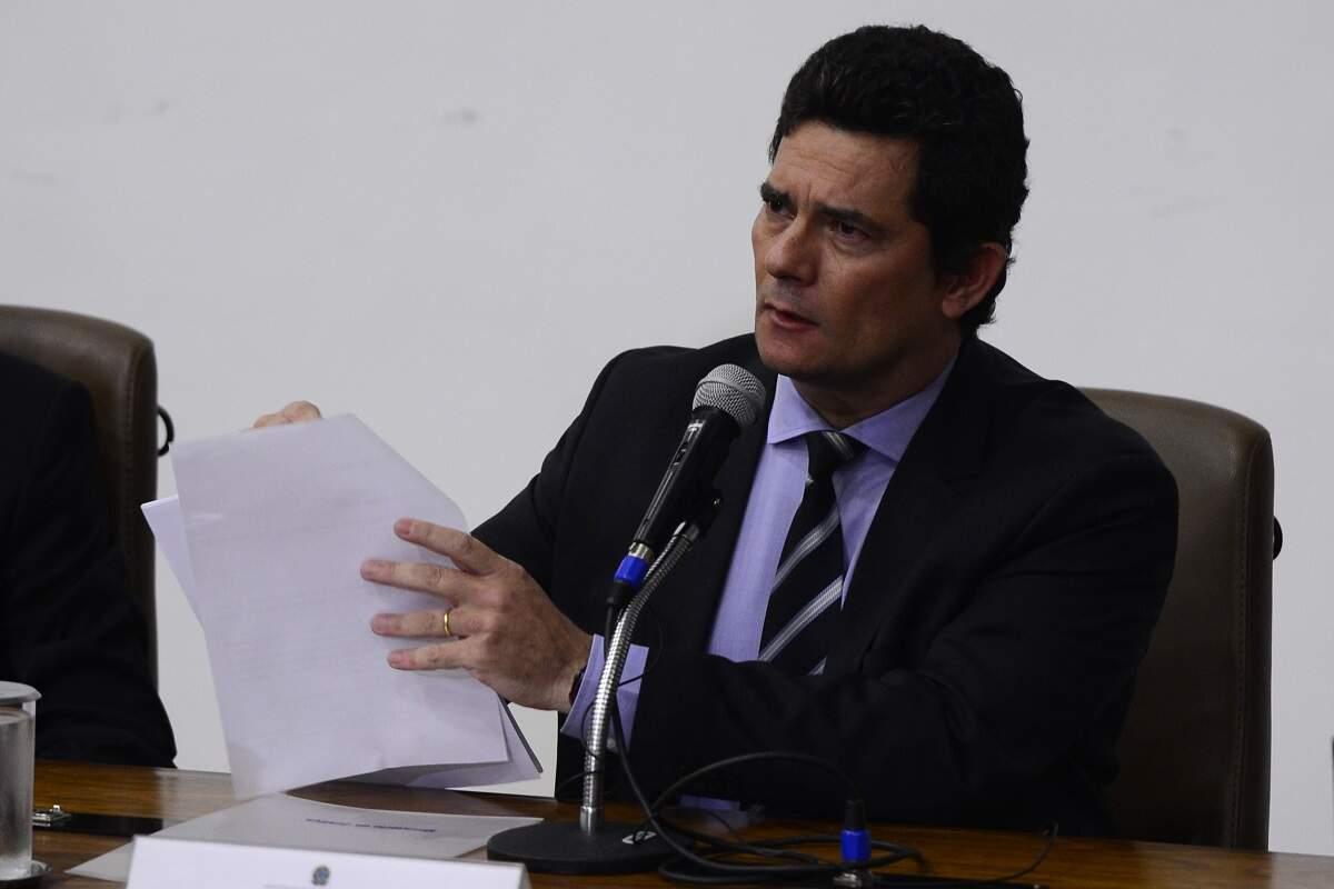 Moro diz que cláusula contratual o afasta de empreiteiras que pegou na Lava Jato