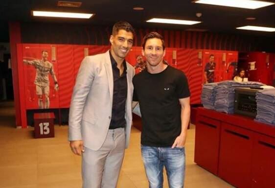 Messi se despede de Suárez com críticas ao Barcelona: 'Nada mais me surpreende'