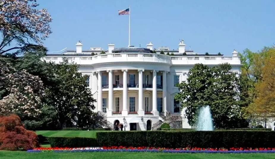 Agentes interceptam envelope com veneno enviado à Casa Branca